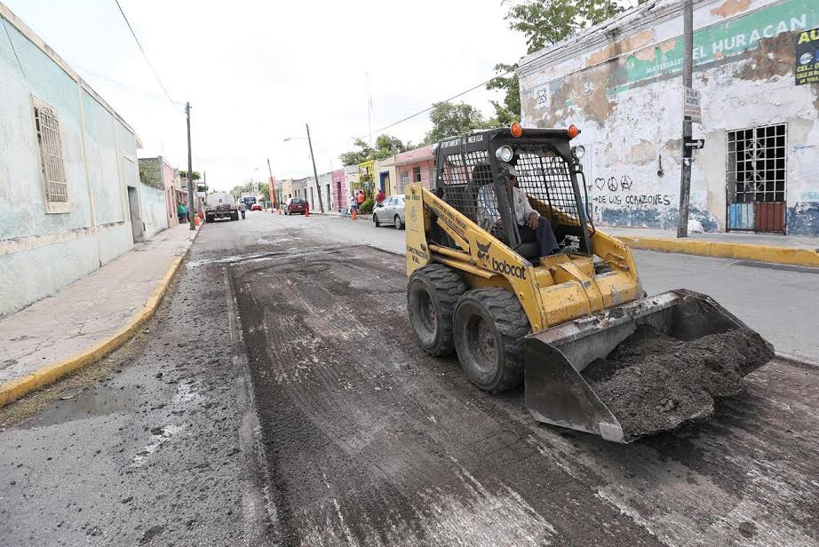 Mejoramiento de infraestructura vial en centro-oriente de Mérida
