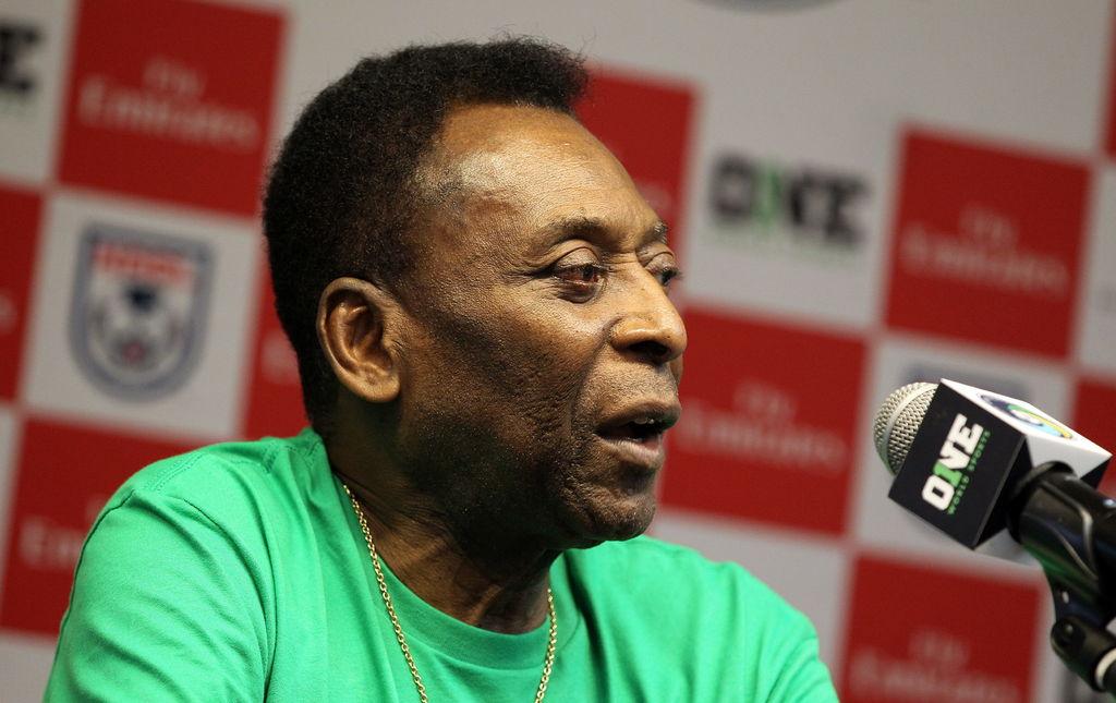 Pide 'Pelé' a Messi que reconsidere decisión de dejar la selección