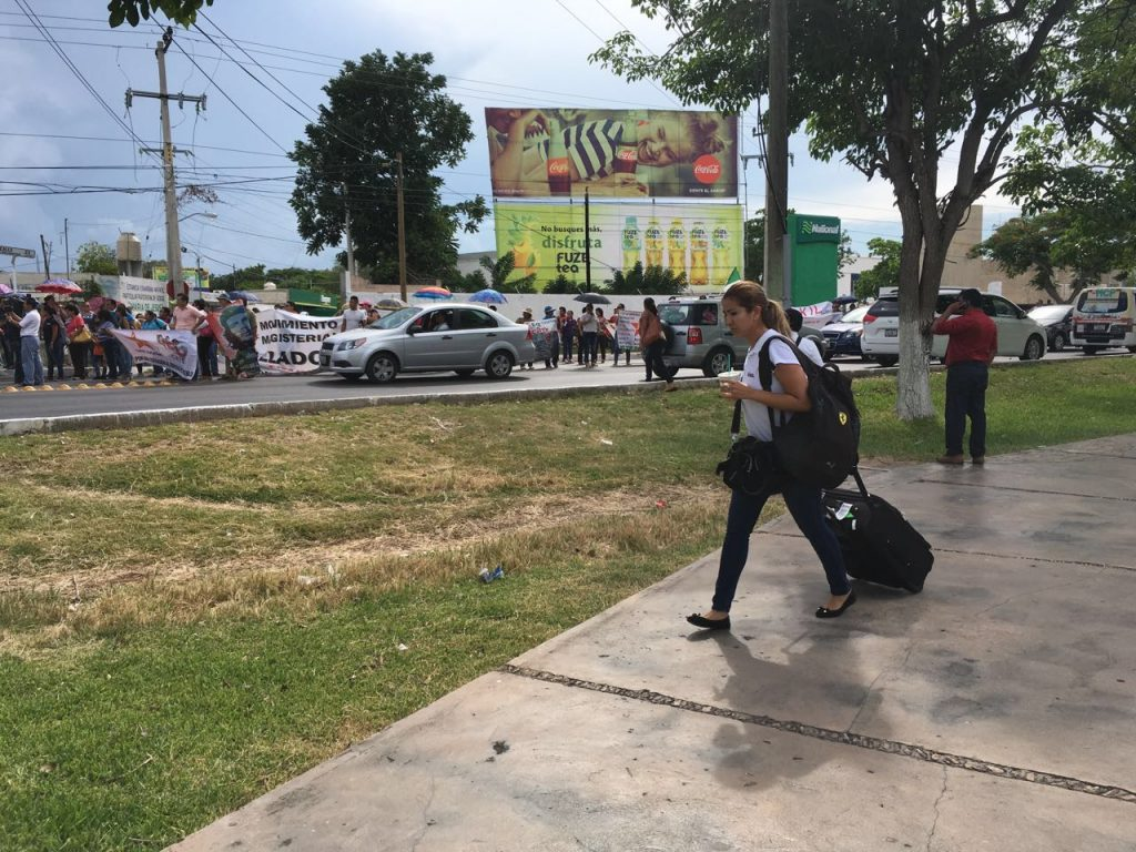 protesta_maestros_aviacion2