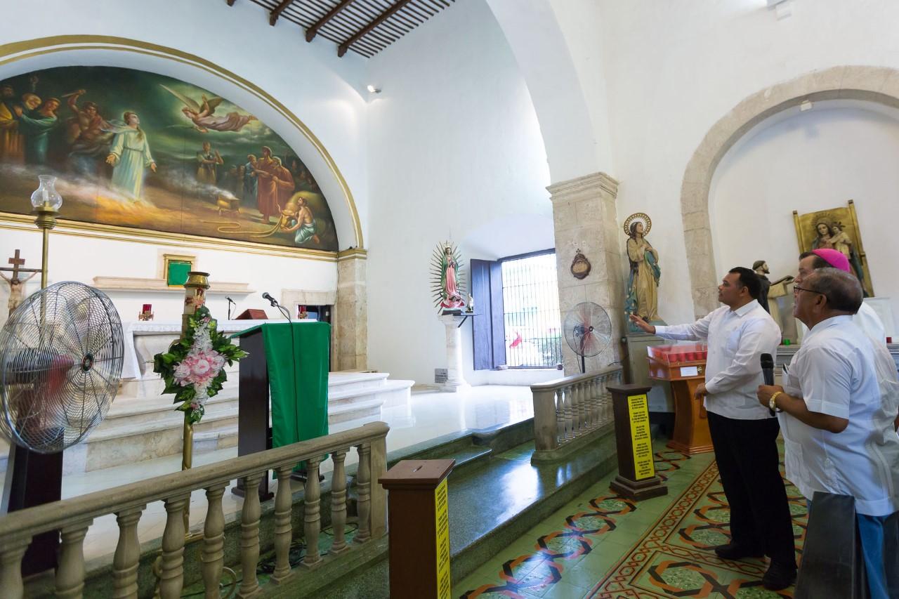 Recupera brillo templo de Santa Lucía