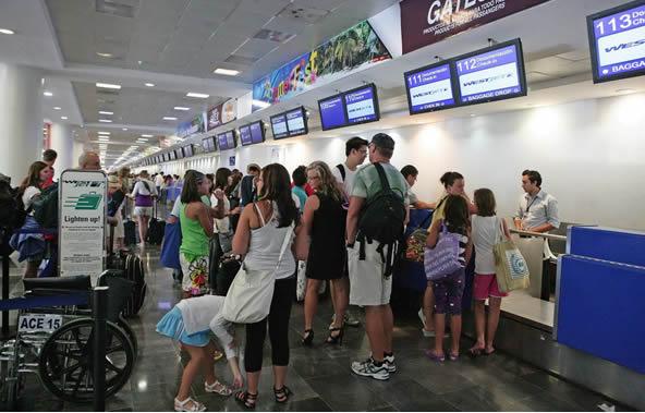 Rastrean intoxicación de turistas que visitaron Caribe Mexicano