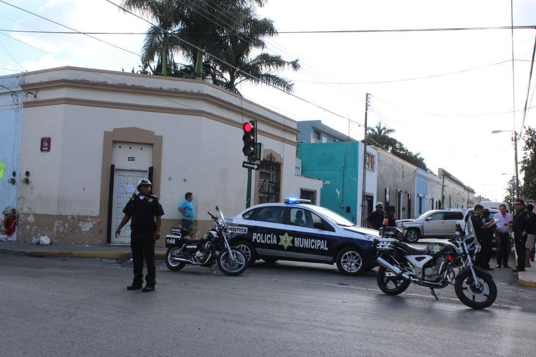 Aparatoso choque en 56 por 53 del centro de Mérida