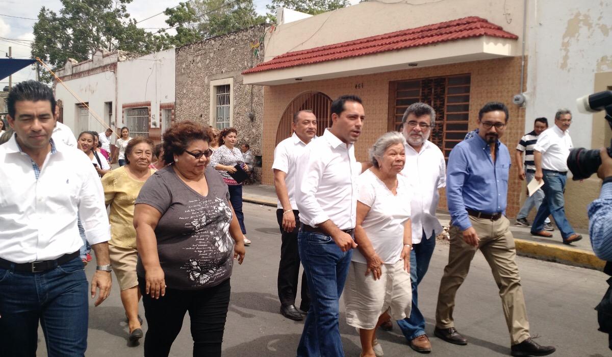 Respalda Vila propuesta de Canaco sobre ambulantes