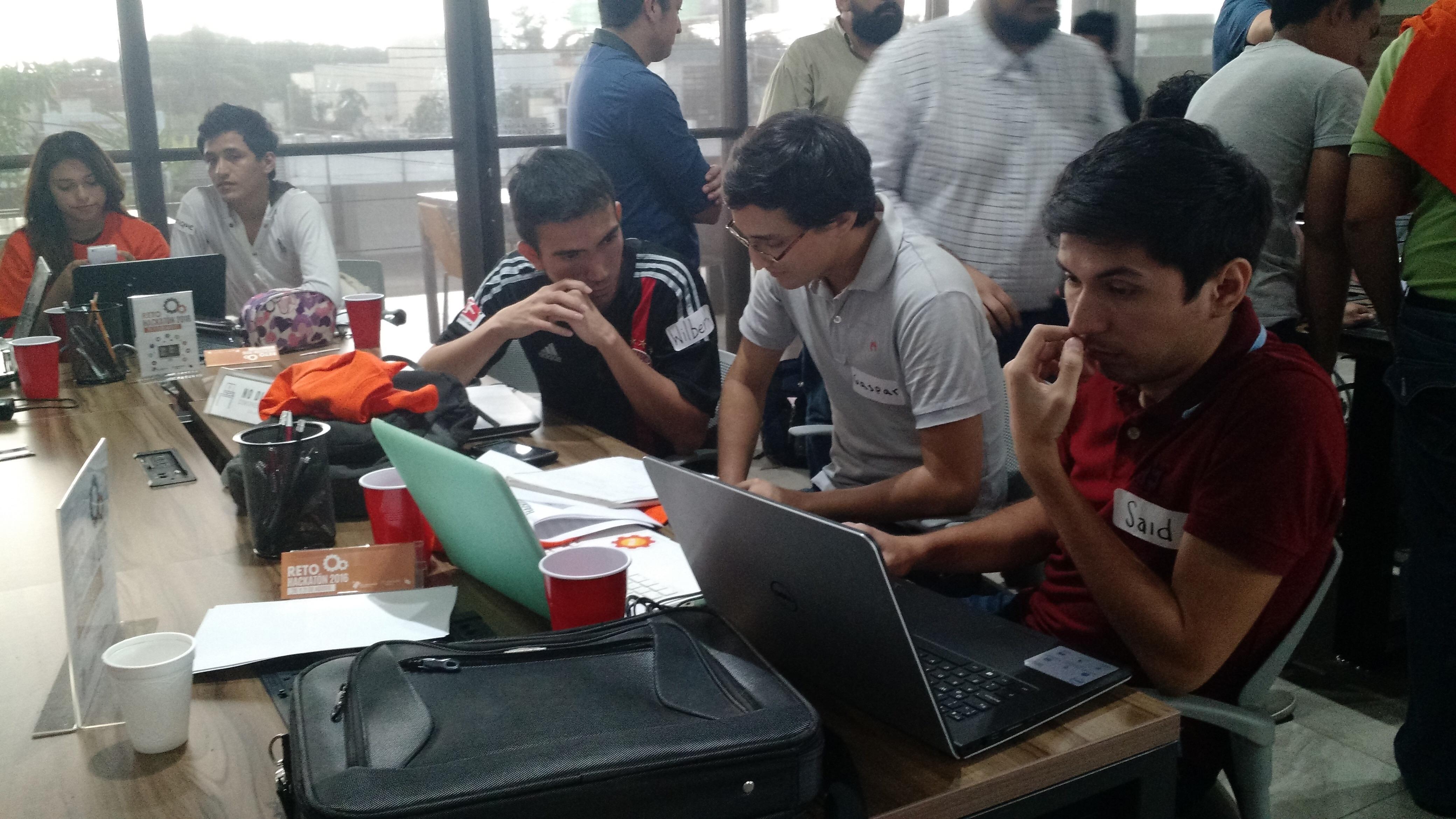 Maratón de hackers de apoyo a emprendedores