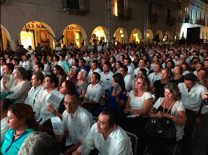 ¡Uf, qué calor! , en informe del alcalde de Mérida (crónica)