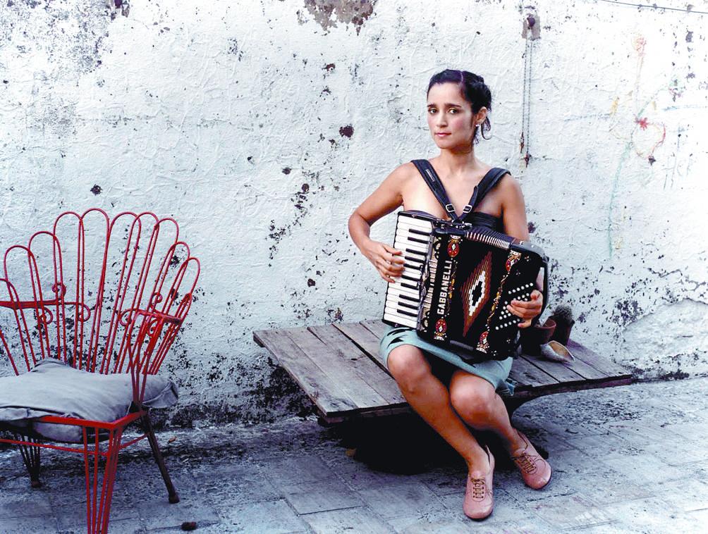 Julieta Venegas recibirá premio La Musa de compositores latinos