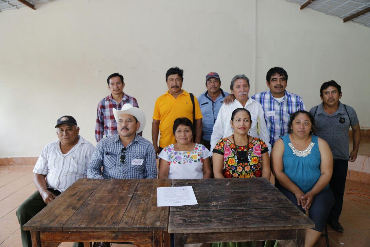 Solidaridad de líderes zapotecos y yaquis a apicultores mayas