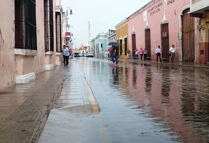 Temporada de ciclones, prevenir sin alarmar