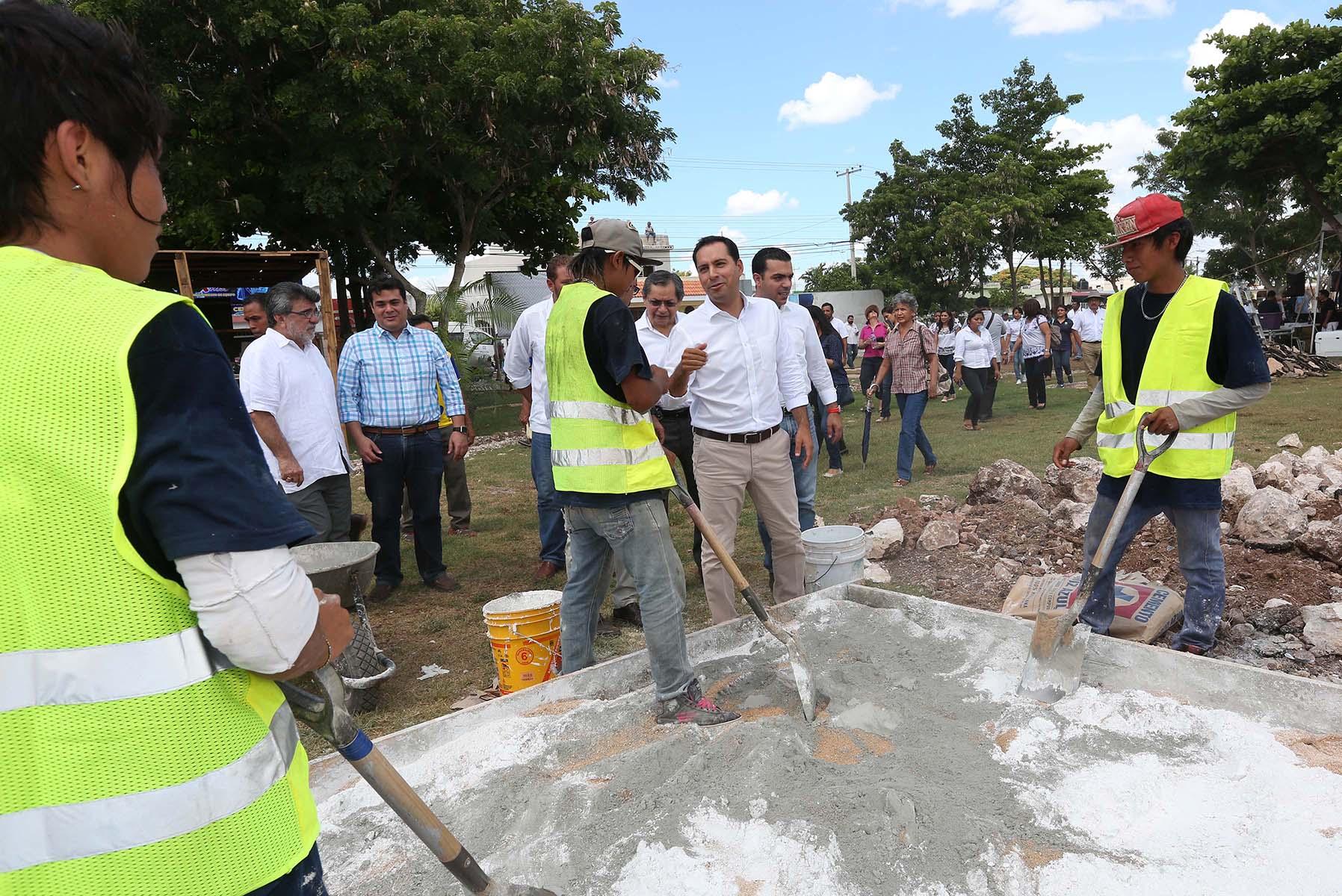 A mejoramiento 10 parques de Mérida y construcción de 4 nuevos