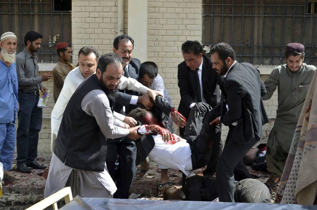 Fallecen 70 en ataque suicida