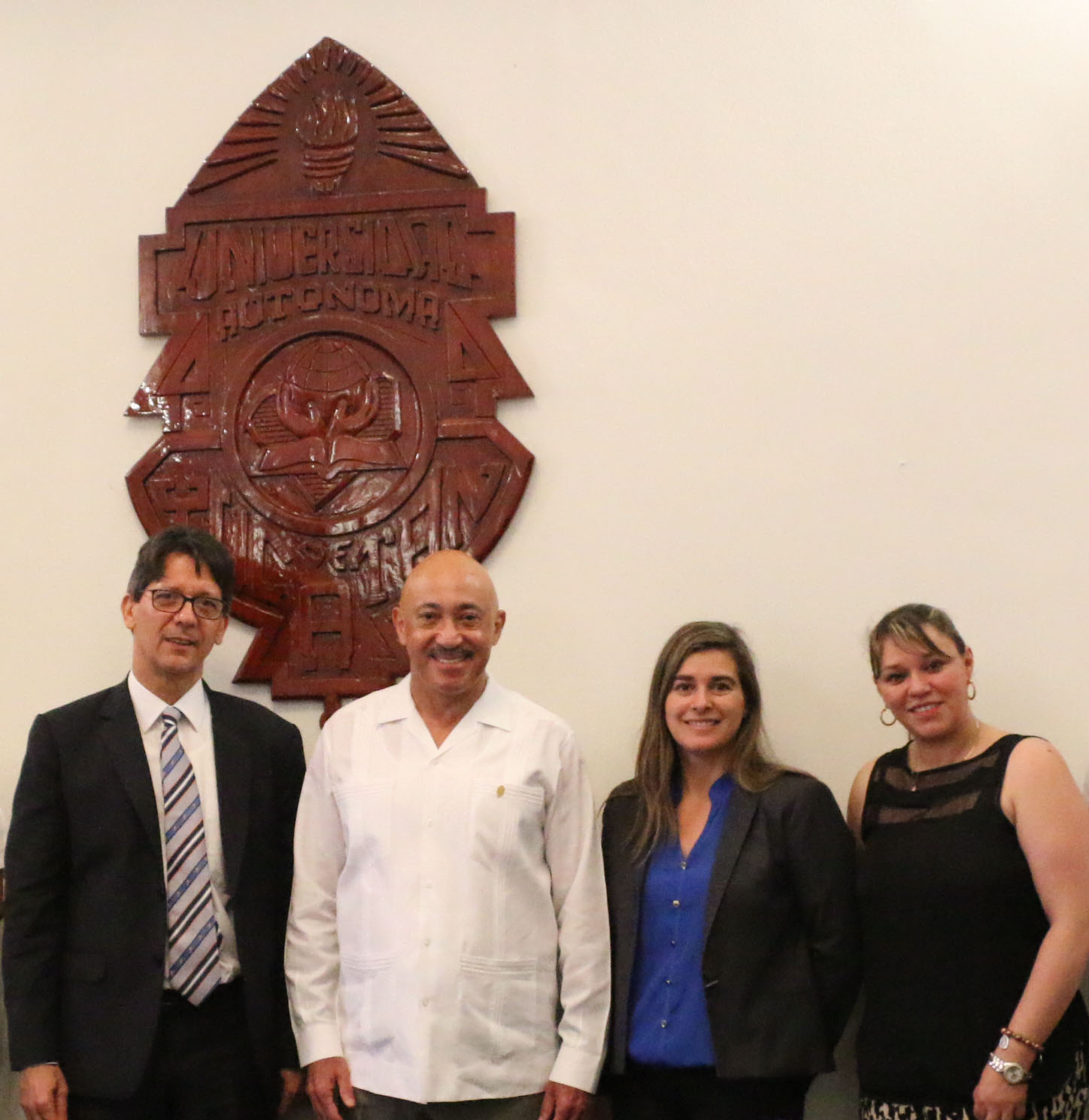 Universitarios colombianos interesados en planes y programas UADY