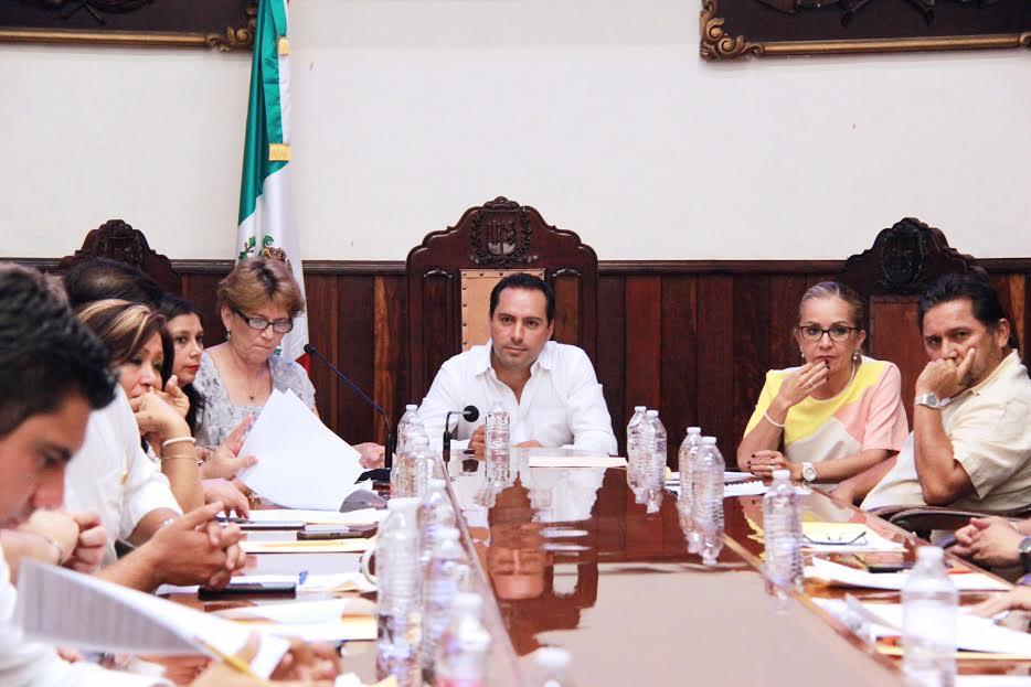 "Apruebanintegración de Vila a""Asociación de Municipios Mexicanos y Ciudades Inteligentes"""
