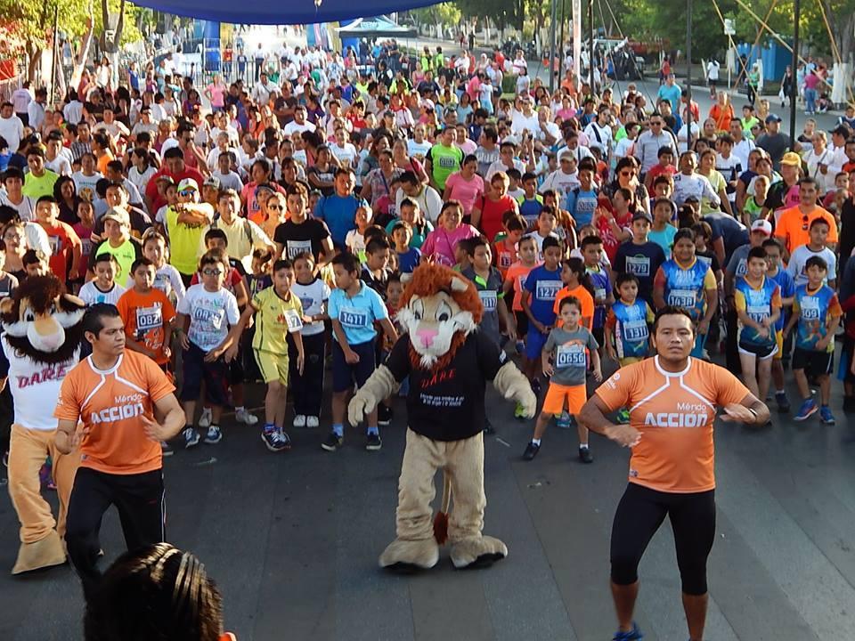 Invitan a clase masiva de activación física en Mérida