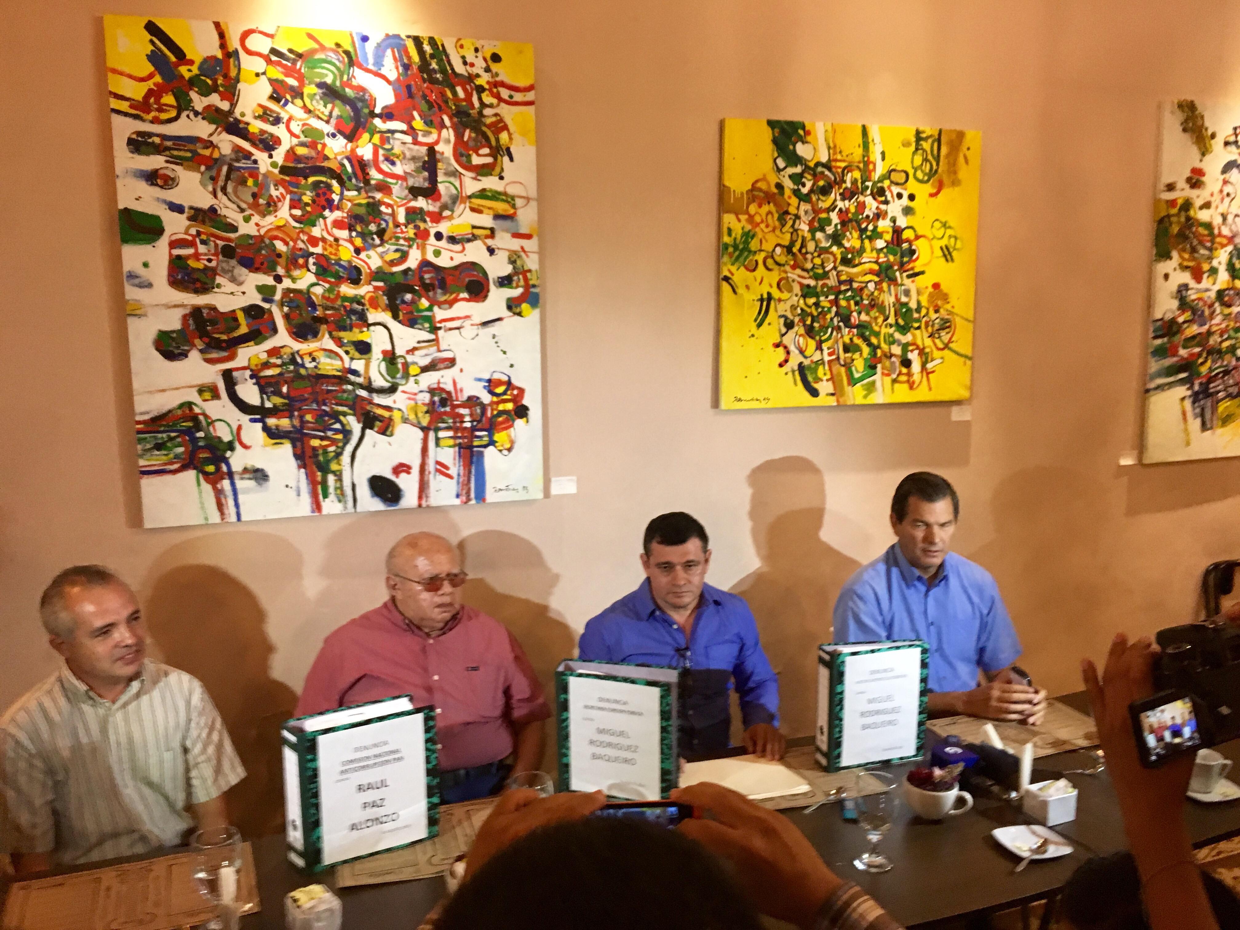 Ahondan denuncias de corrupción entre panistas yucatecos