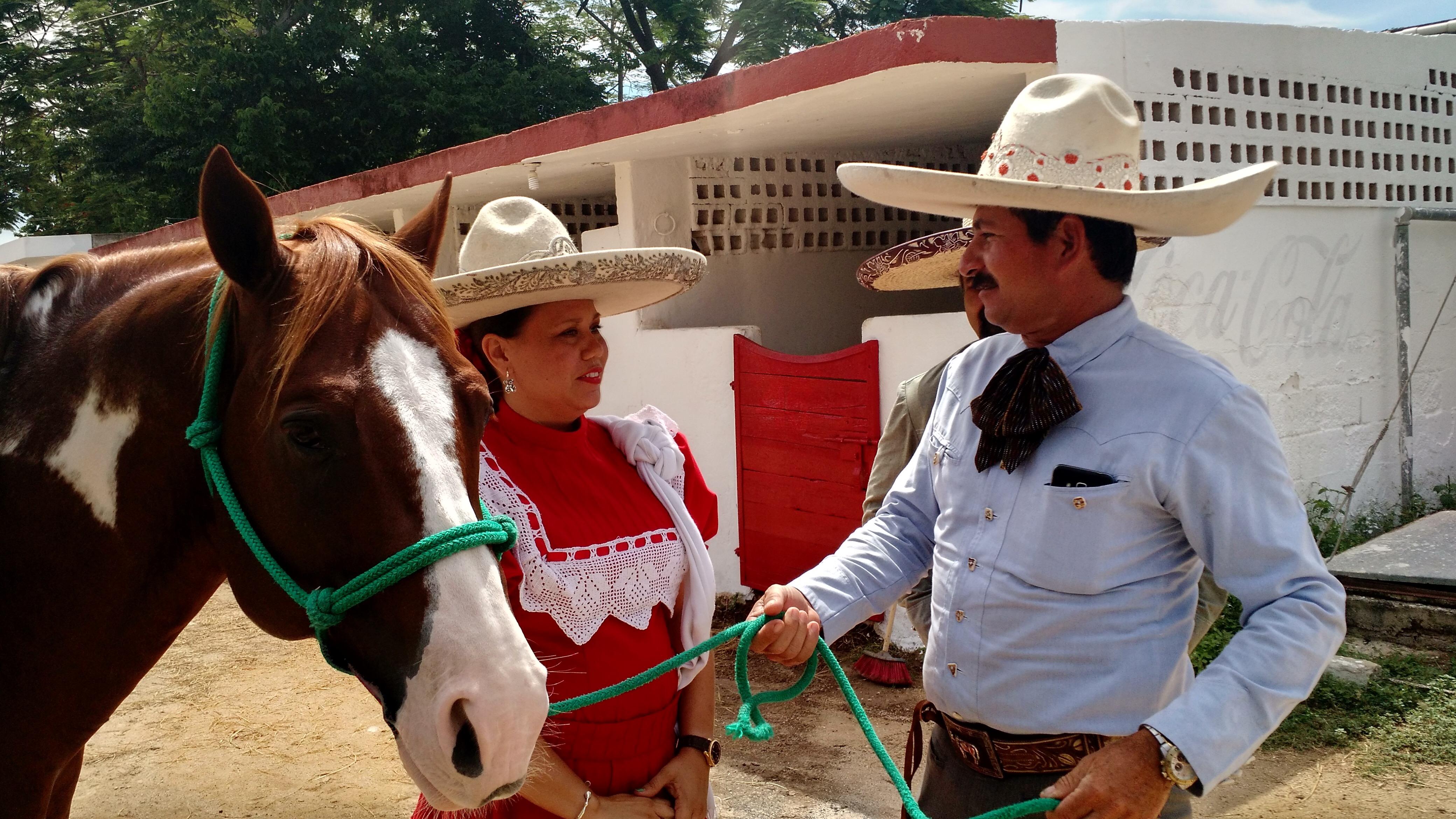 'Un verdadero charro no maltrata su caballo'