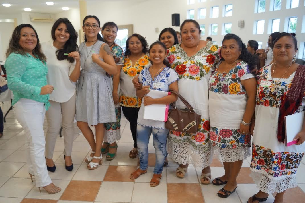 Promueve INE fortalecimiento de mujer indígena