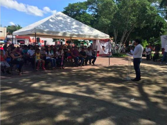Legislador de Morena reta a coordinador priista en Yucatán