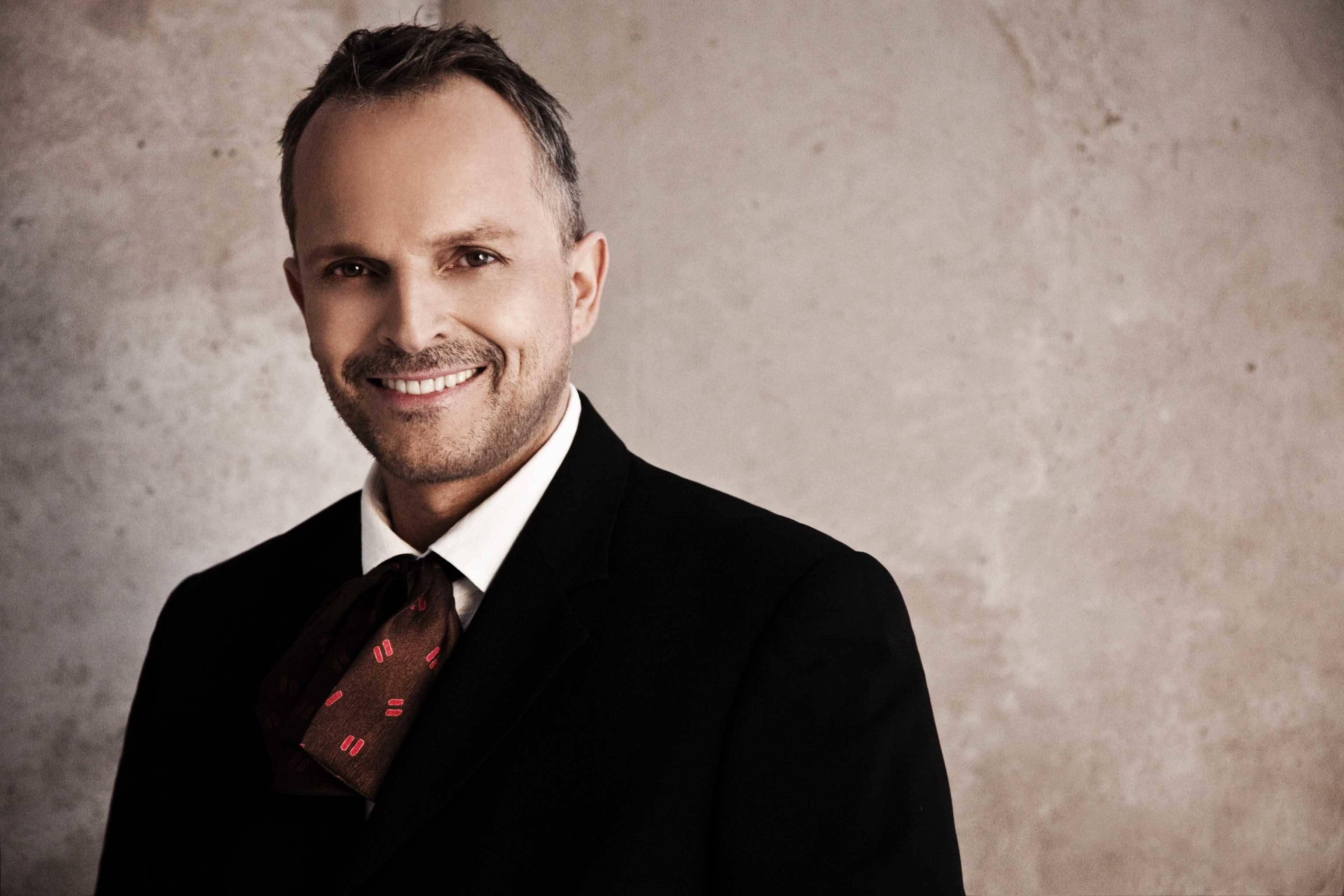 Miguel Bosé estrenará su Unplugged