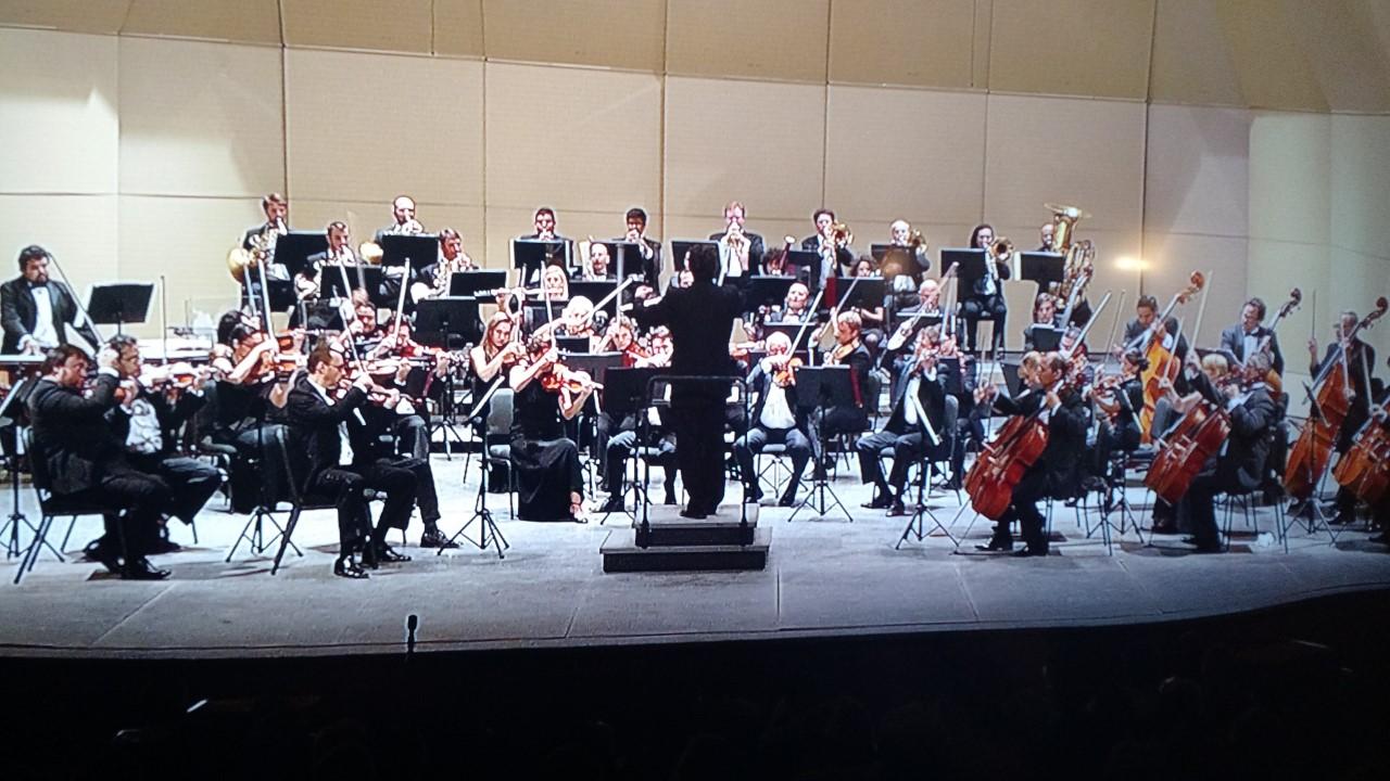 Brillan trompeta y batuta en concierto de OSY