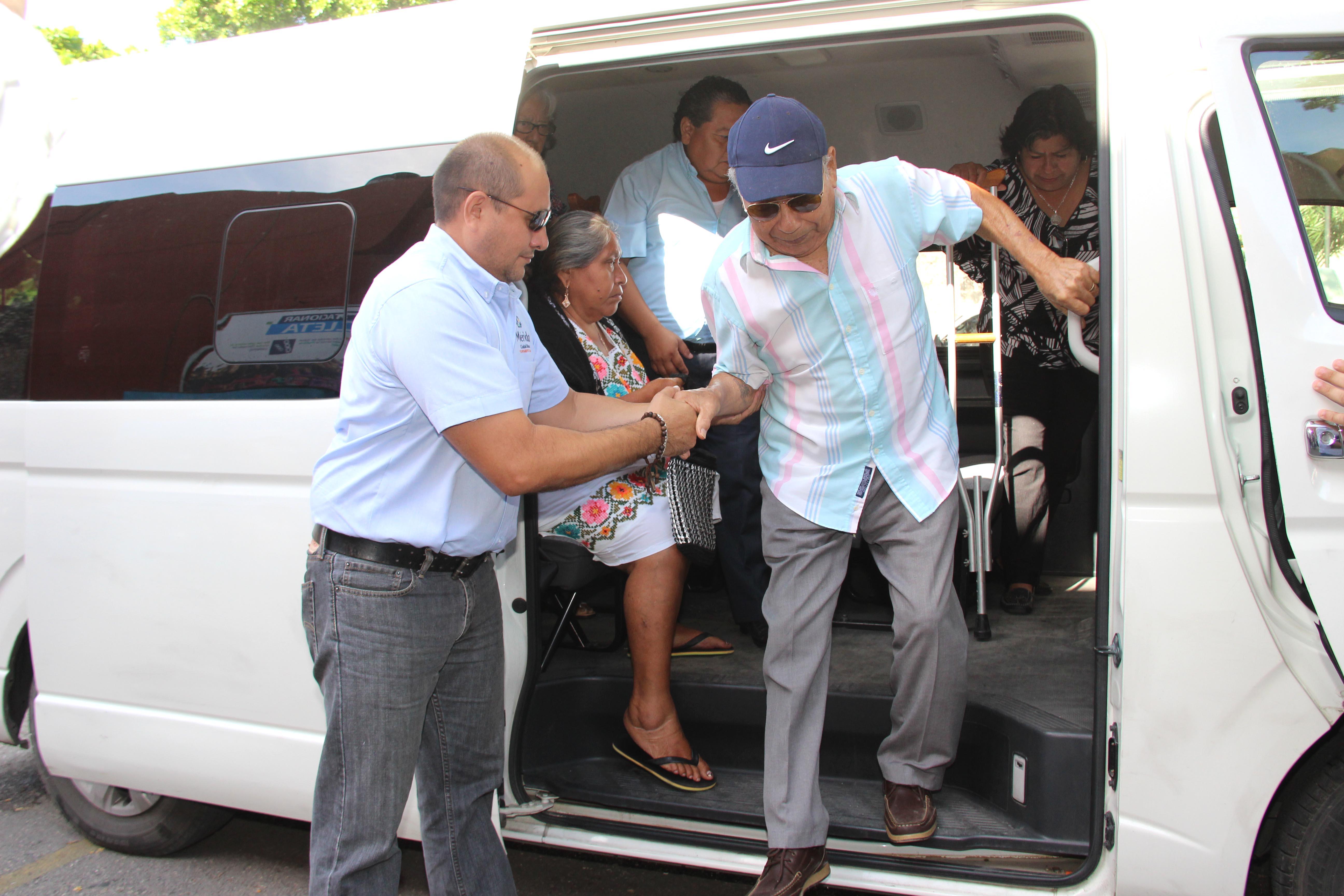 Más de 800 ciudadanos usaron servicio de transporte provisional