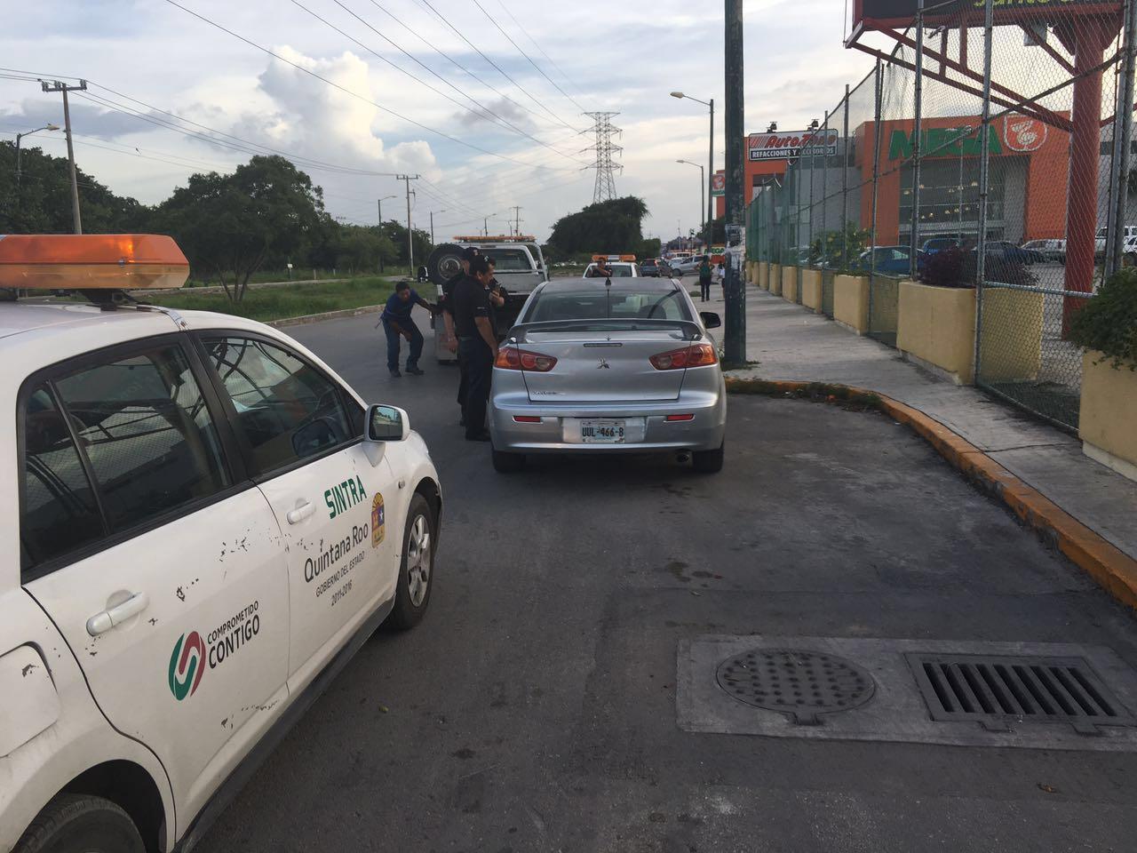 Conmociona a taxistas incursión de Uber en QR