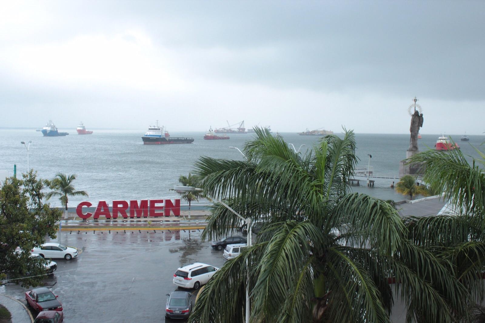 Efectos de 'norte' golpean litorales de sureste