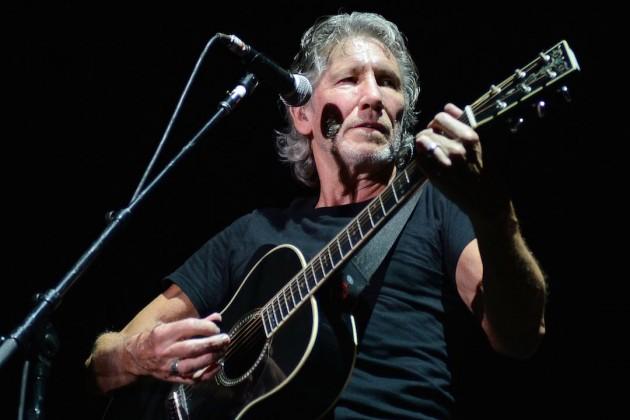 'Prende' Roger Waters a 170 mil en el Zócalo