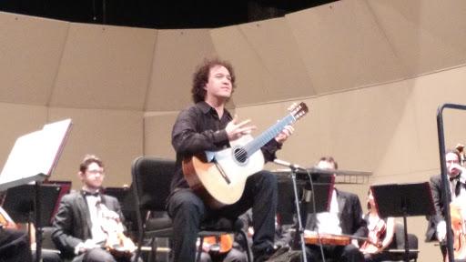 Gran virtuosismo de Cecilio Perera con el Concierto de Aranjuez