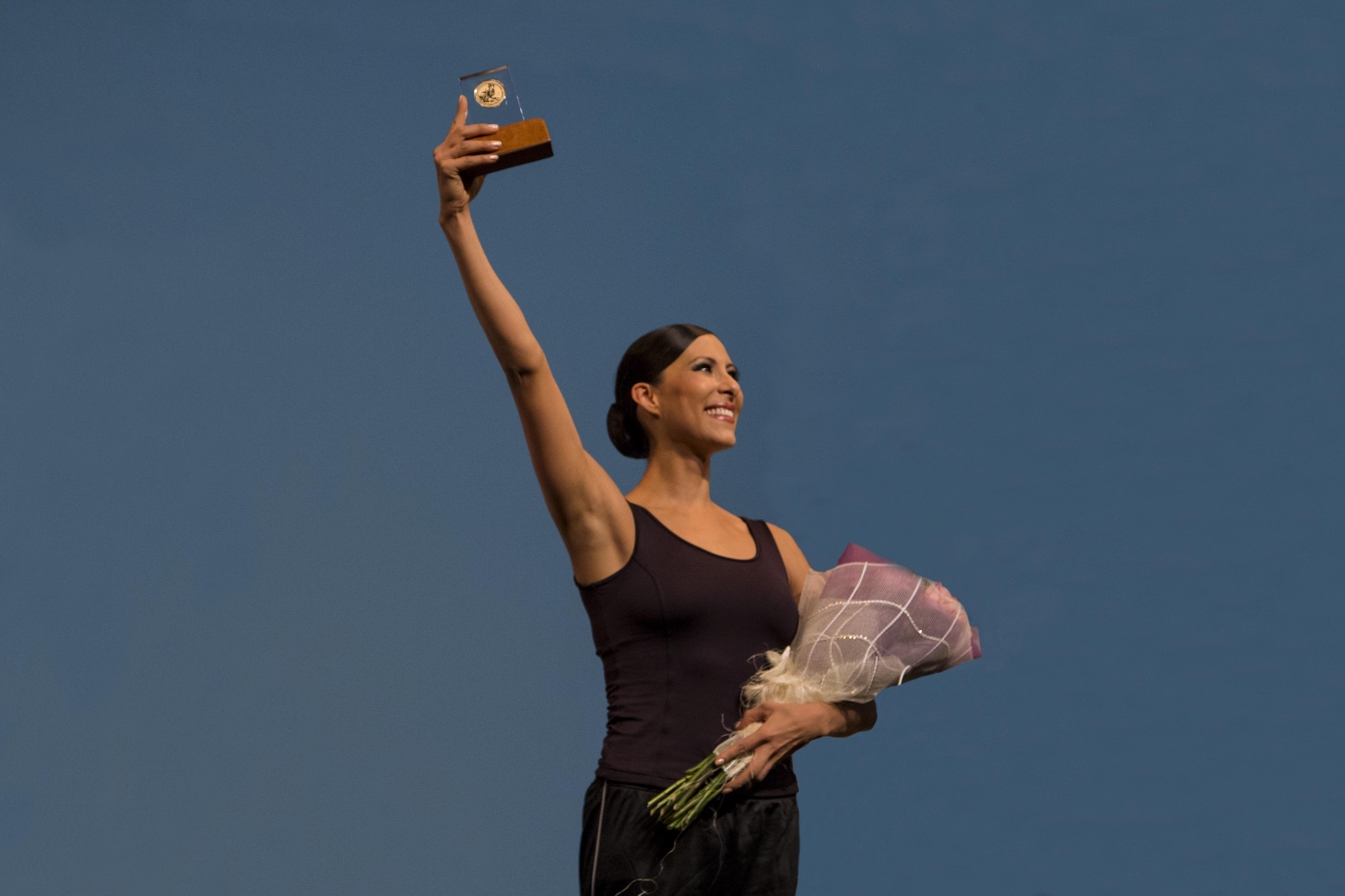 Deslumbra Elisa Carrillo en el Peón Contreras