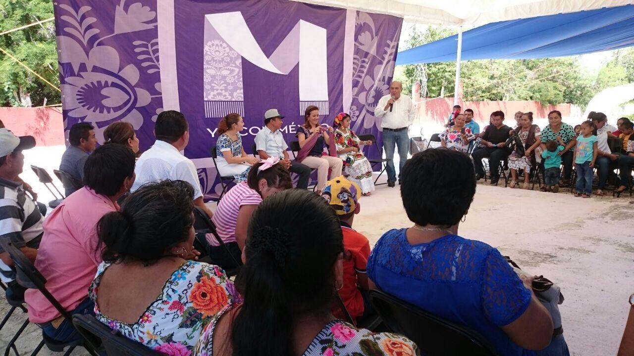 Ex funcionarios federales arropan a Zavala en Yucatán
