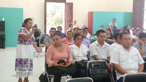 Desconocimiento de lengua maya dificulta atención en sector público