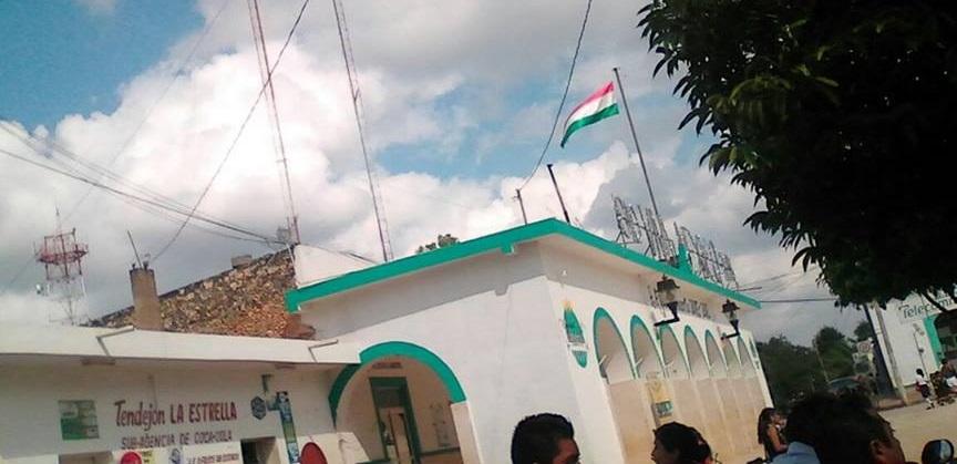 Investigan en Tahdziú uso de bandera apócrifa