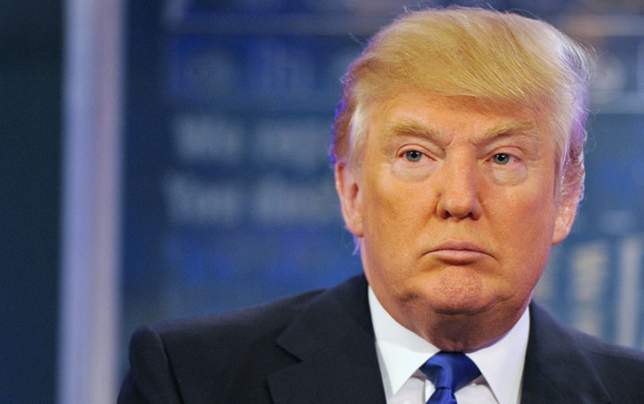 Reitera Trump que impondrá elevados aranceles a empresas que dejen EU