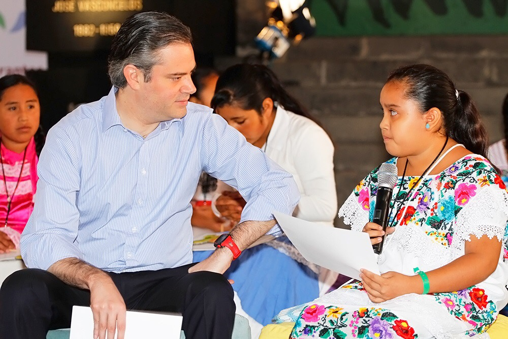Recibe Mérida cónclave en materia educativa