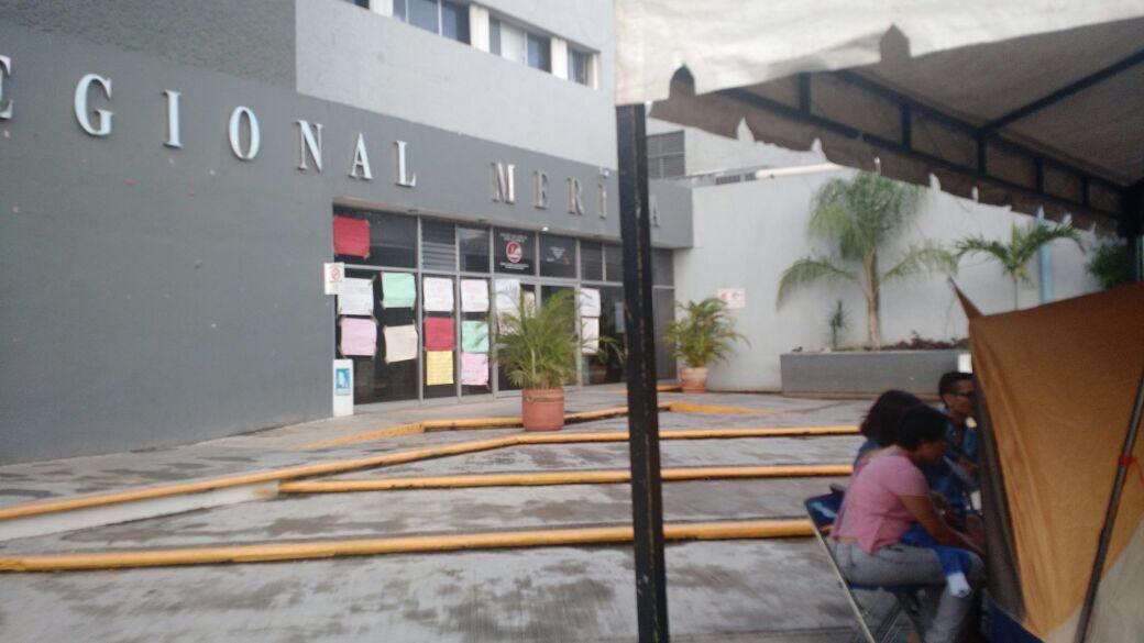 Prolongan protesta en Hospital Regional ISSSTE Mérida