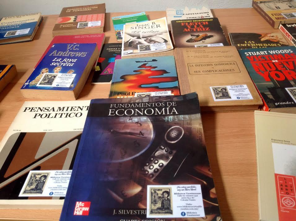 """""""Paradero de libros"""" en el Centro Histórico"""