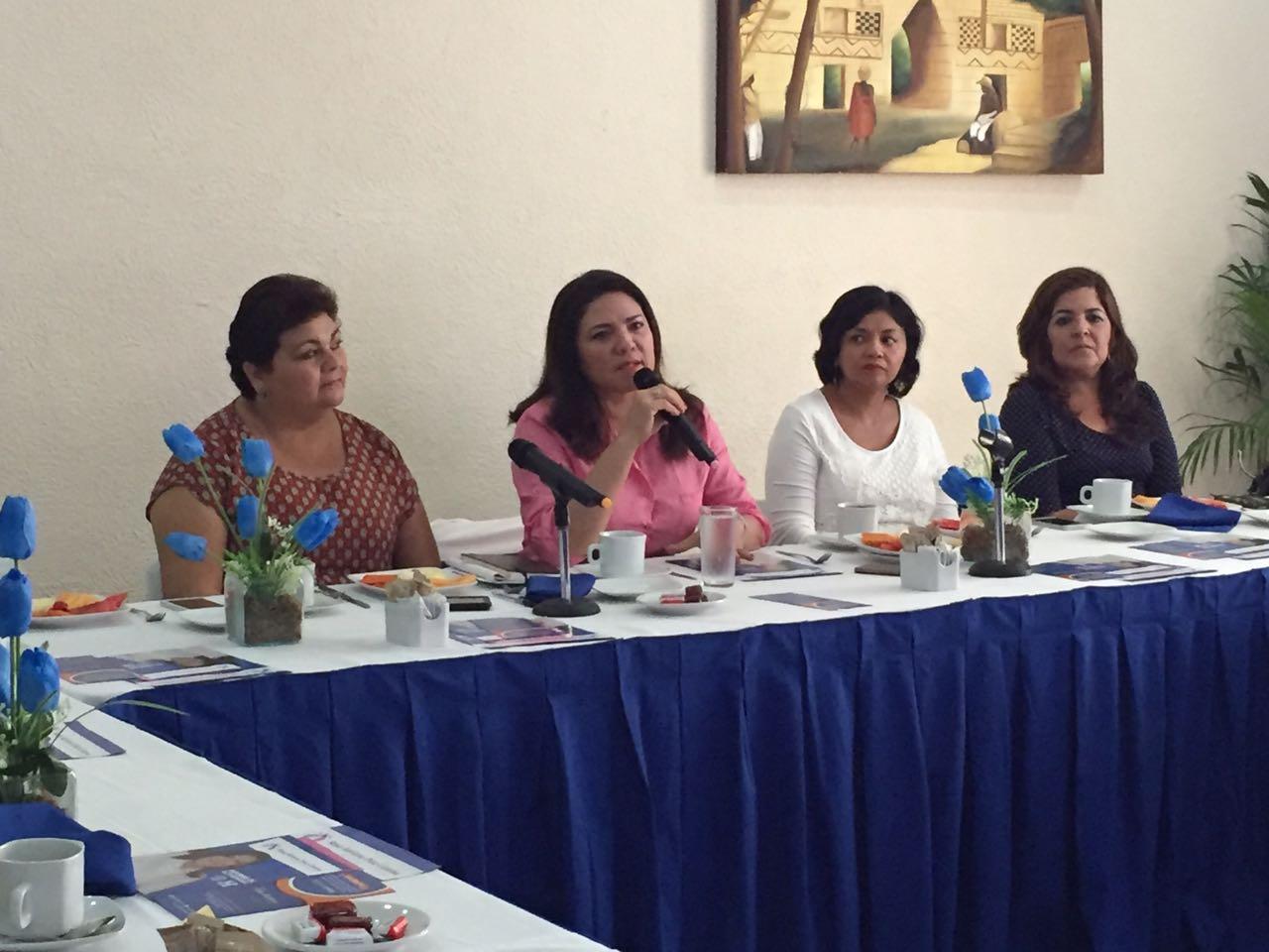 Senadora buscará candidatura panista en Yucatán