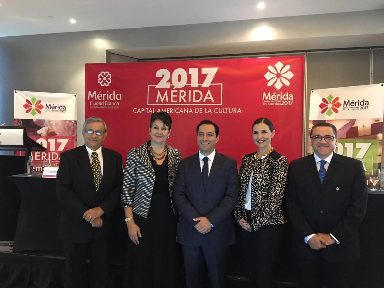 Presenta Vila en CDMX programa de Mérida, Capital Americana de Cultura