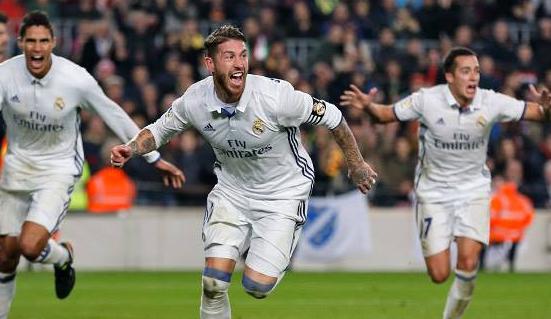 Sergio Ramos marca el gol del empate en el Clásico español