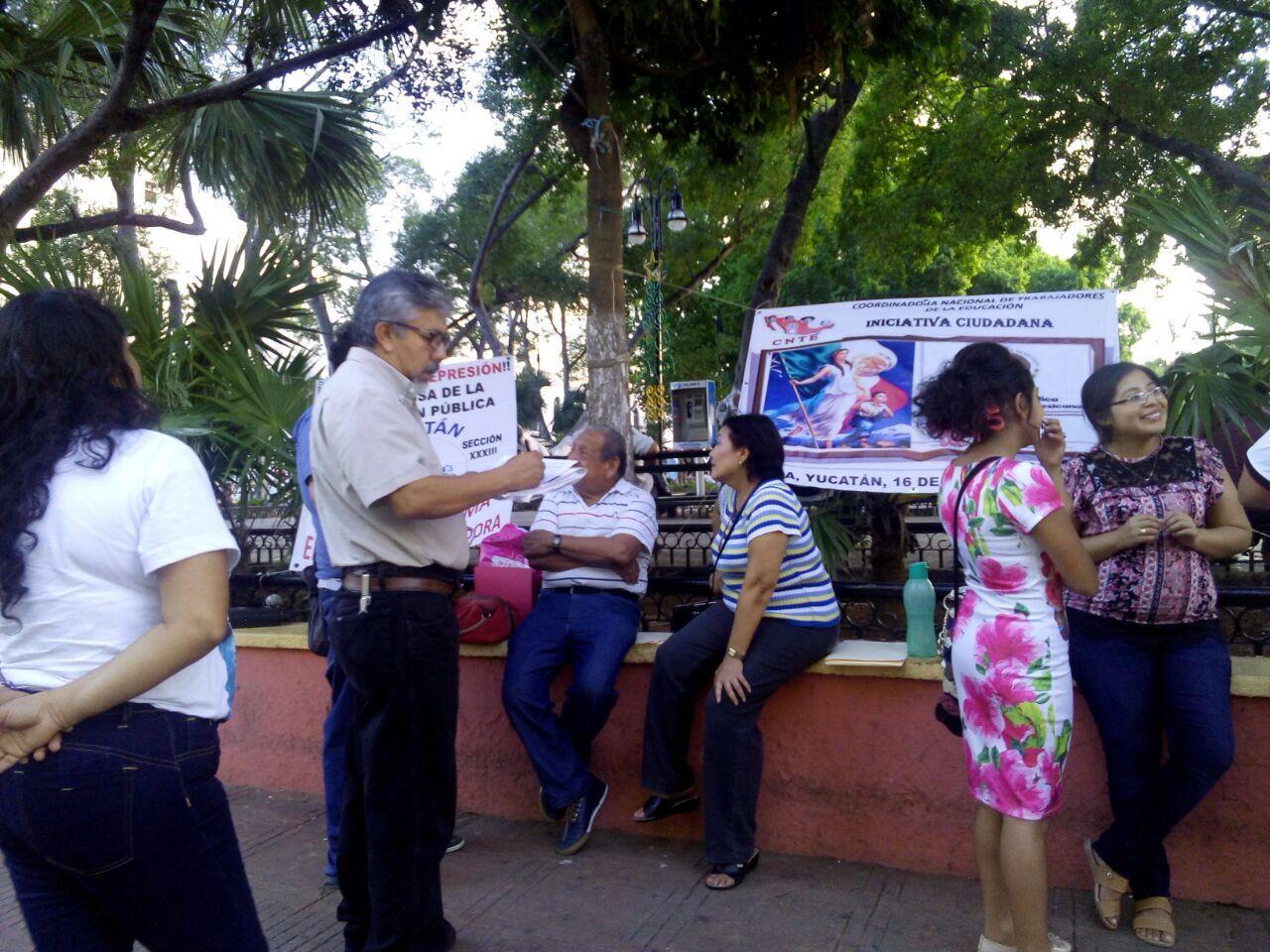 Busca CNTE de 10 a 15 mil firmas en Yucatán