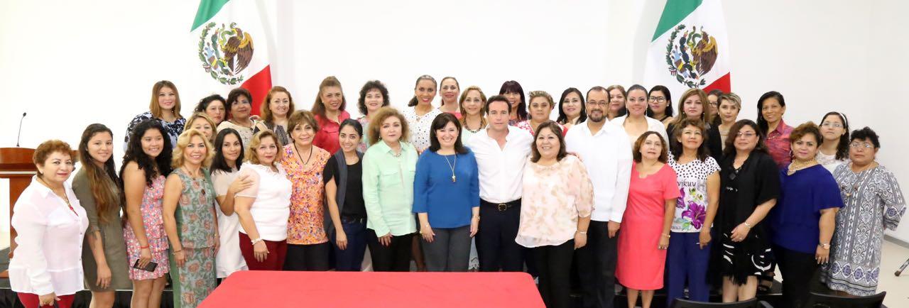 Difunde Congreso Yucatán derechos humanos de mujeres