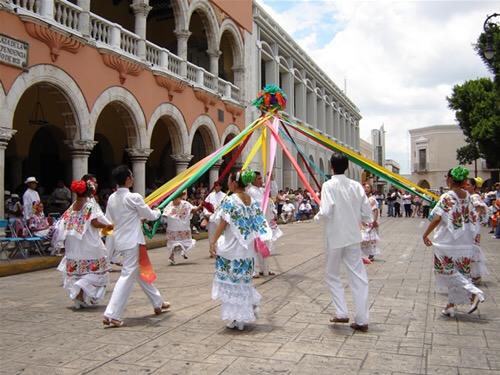 Cierre de calle en centro de Mérida por evento del 475 Aniversario y CAC 2017