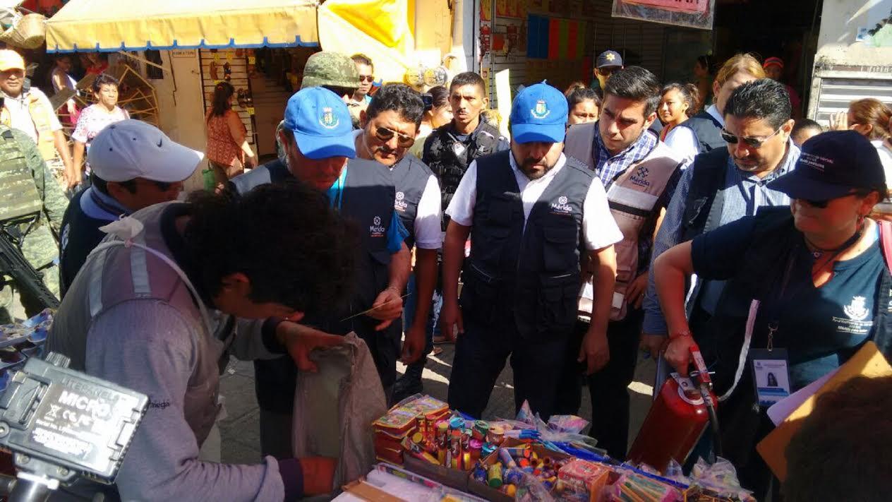 Confiscan pirotecnia sin permisos en centro de Mérida