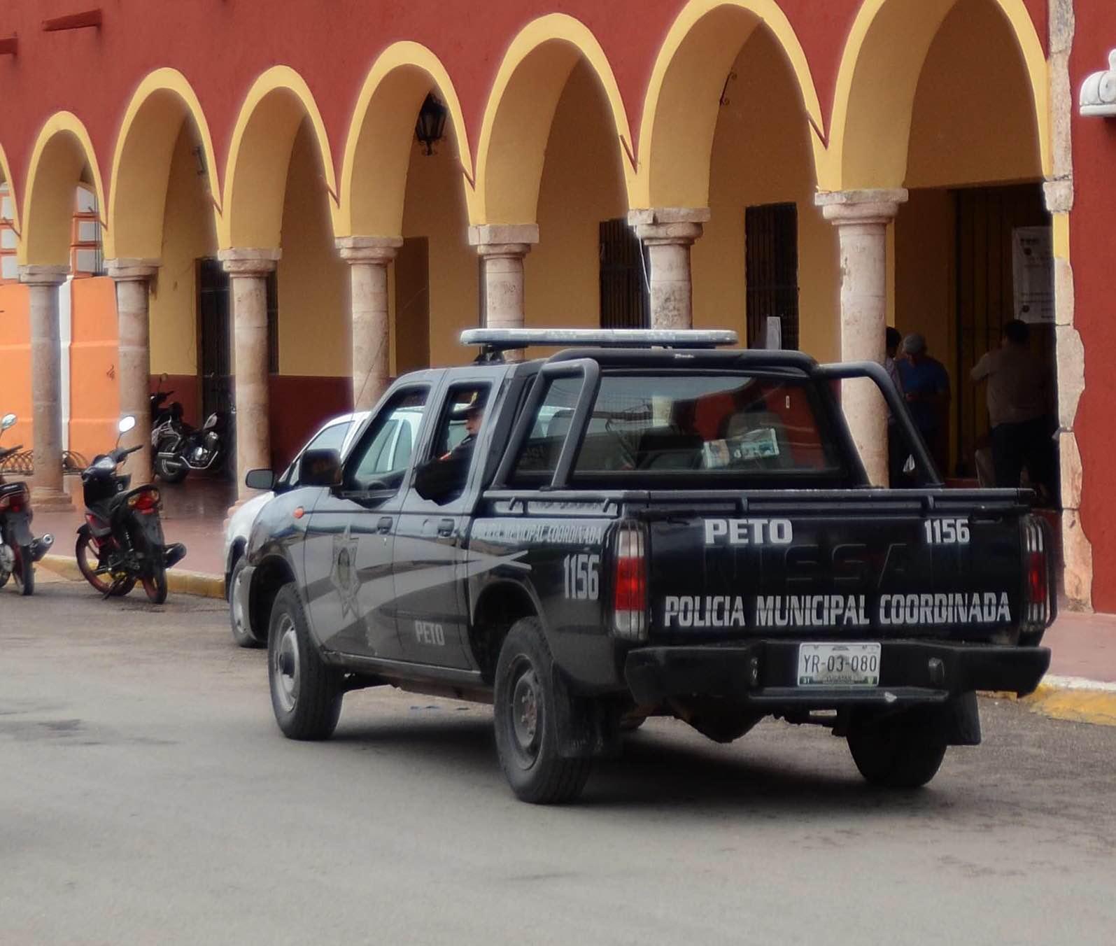 Dejan herido de bala a comandante policíaco en Peto