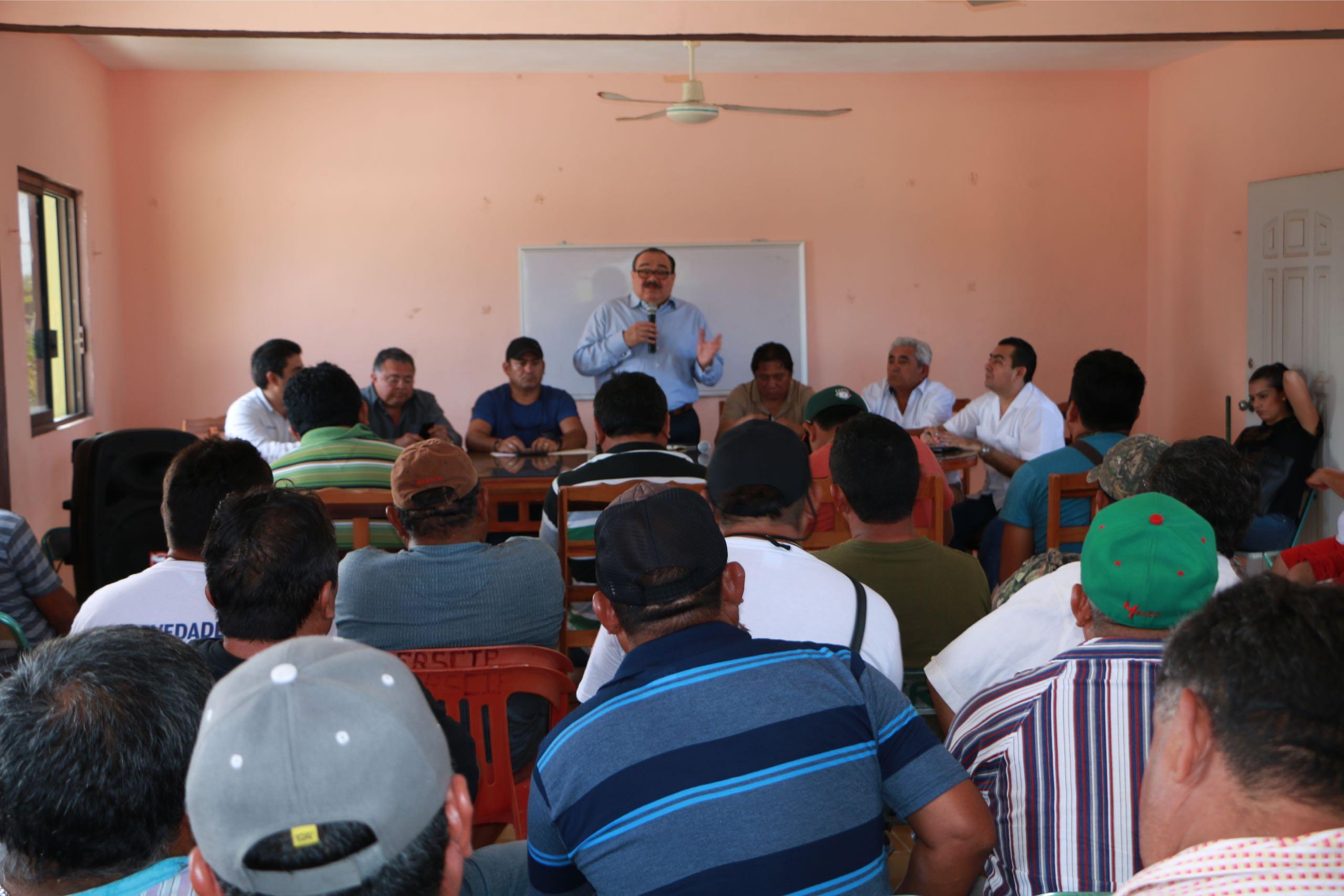 Presenta Ramírez Marín programa de apoyo a pescadores