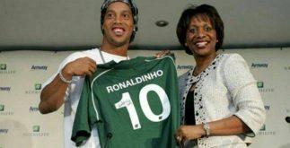 ronaldinho_chape