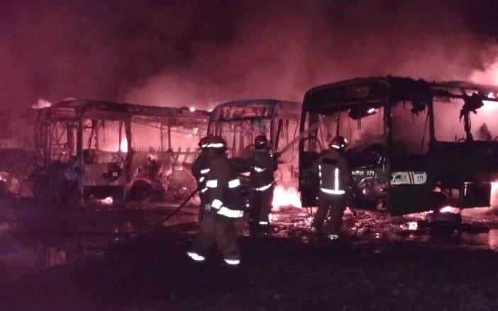 Ardieron 8 unidades del Transbus en Villahermosa