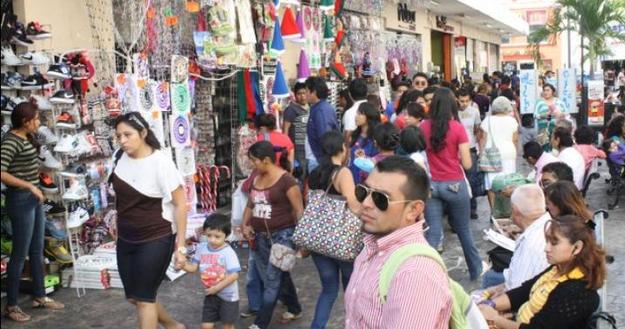 """Comerciantes yucatecos """"cosechan"""" en fin de año"""