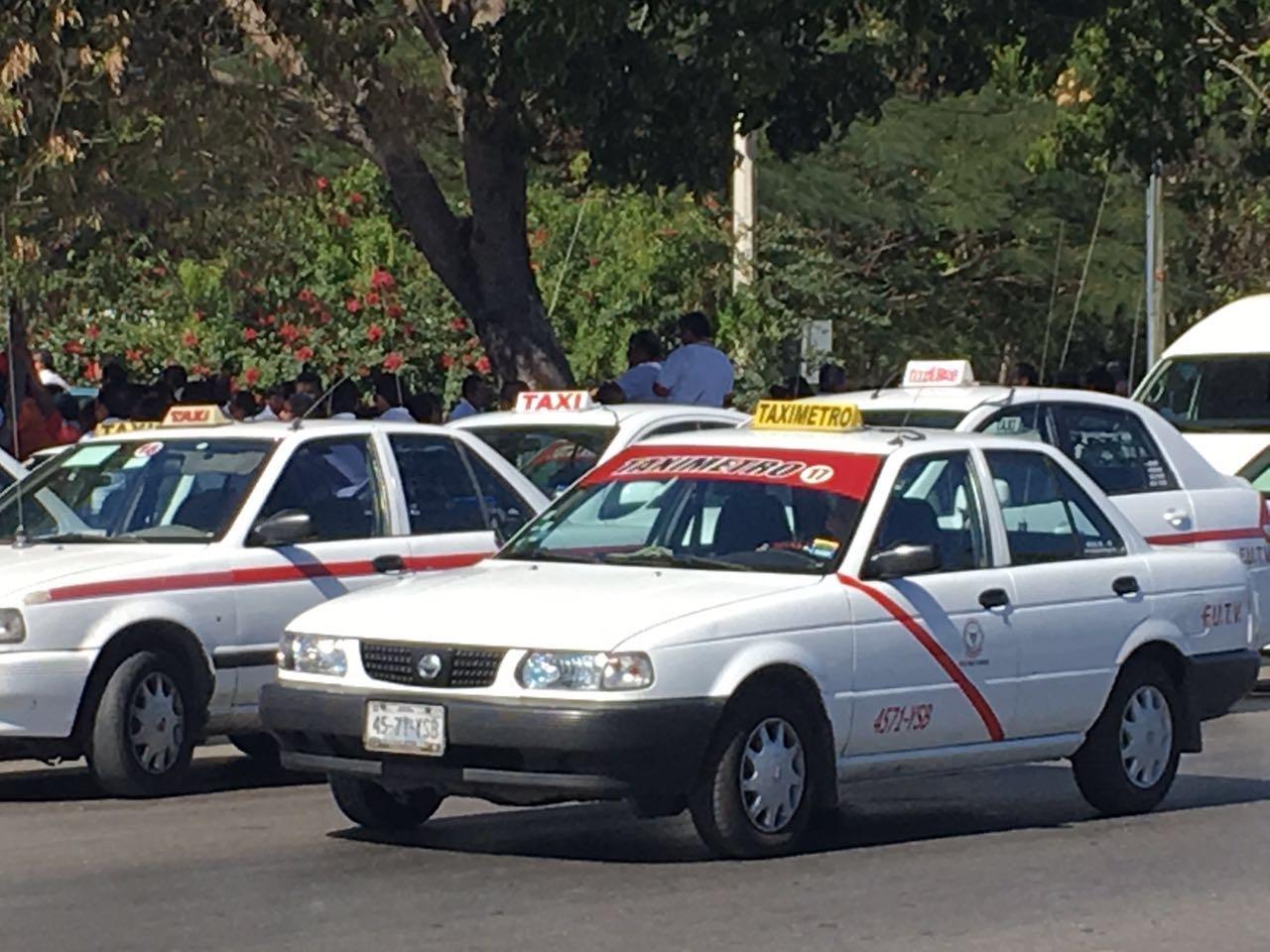 Latente en Mérida movilización de taxistas del FUTV