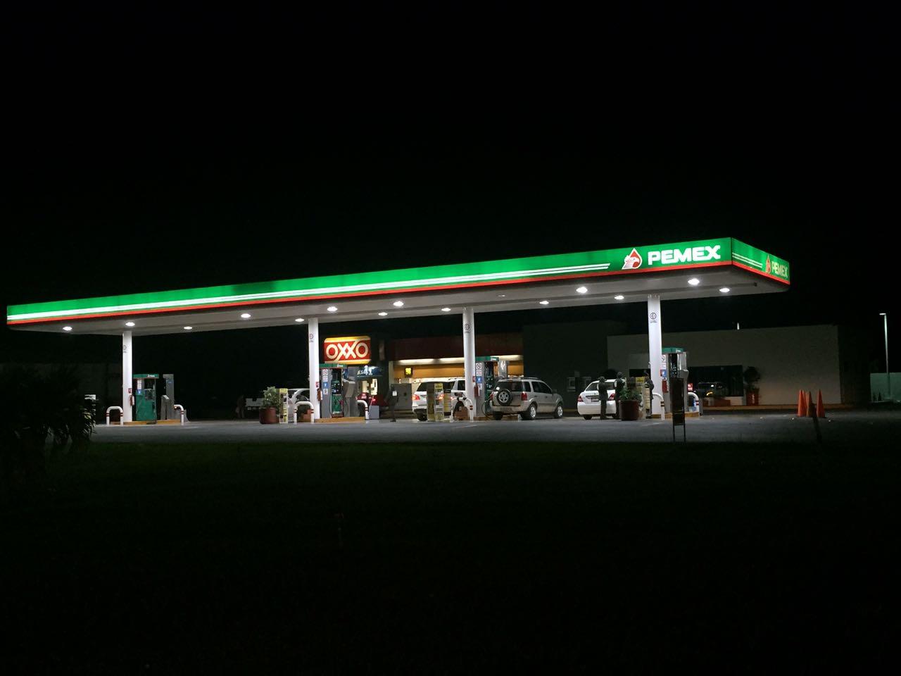 Cae producción de gasolinas 35%